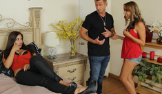 Ella Milano, Yurizan Beltran & Bill Bailey in 2 Chicks Same Time - Naughty America - Sex Position #1