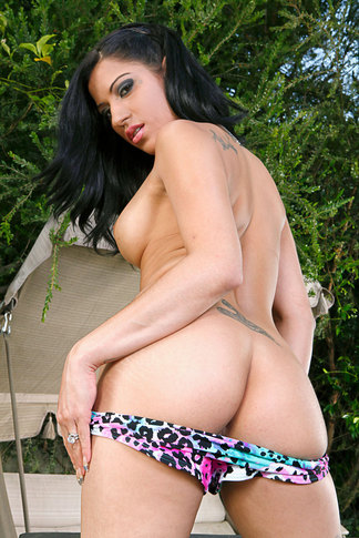 Billy Glide & Daisy Cruz in Latin Adultery - Naughty America - Centerfold