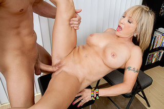 Mature latina loves long cock from Naughty America