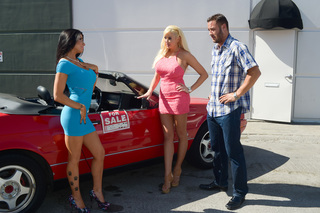Romi Rain, Summer Brielle & Danny Mountain in My Dad's Hot Girlfriend - My Dad's Hot Girlfriend - Sex Position #1