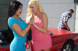 Romi Rain, Summer Brielle & Danny Mountain in My Dad's Hot Girlfriend - My Dad's Hot Girlfriend - Sex Position #2