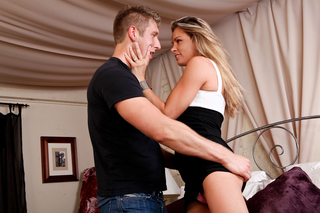 Amanda Blow allows her self to be seduced from Naughty America