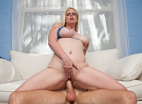 Cameron Keys wants his hard cock from Naughty America
