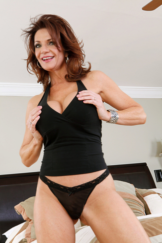 Bill Bailey & Deauxma in My Friend's Hot Mom - Naughty America - Centerfold