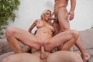 Emma Starr & Johnny CastleMichael Vegas in My Friend's Hot Mom - Naughty America - Sex Position #8