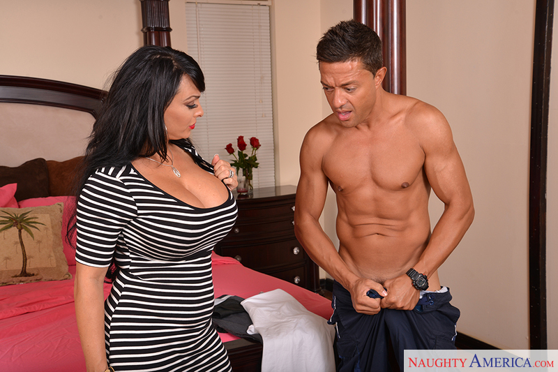 Divorce Holly Halston 11