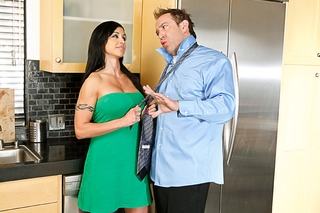 Jewels Jade fucks her sons best friend from Naughty America