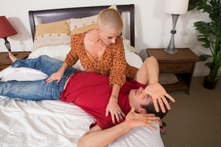 Joslyn James & Giovanni Francesco in My Friend's Hot Mom - My Friend's Hot Mom - Sex Position #2