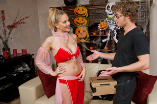 Julia Ann & Michael Vegas in My Friend's Hot Mom - My Friend's Hot Mom - Sex Position #2