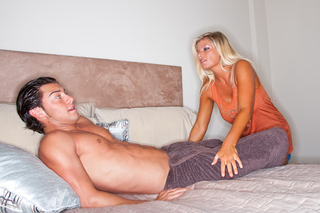 Hot milf Kristal Summers fucks a young stud from Naughty America