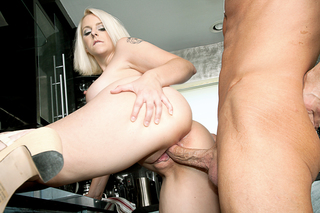 Bill Bailey & Mandy Sweet in My Friend's Hot Mom - Naughty America - Sex Position #2
