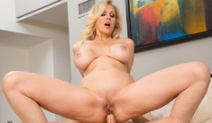 Julia Ann & Johnny Castle in Naughty America - Naughty America - Sex Position #4