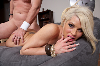Brooke Haven & Evan Stone in My Wife's Hot Friend - Naughty America - Sex Position #13