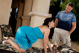 Brooke Lee Adams bounces her big ass on her neighbors big cock from Naughty America