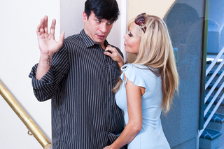Anthony Rosano & Cindi Sinderson in Neighbor Affair - Naughty America - Sex Position #2