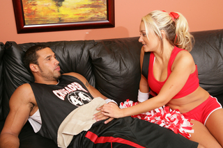 Hot blonde cheerleader knows hot to fuck from Naughty America