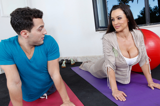 Yoga instructor Lisa Ann gets fucked hard in the ass from Naughty America