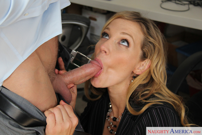A her boss milf blowjob gives