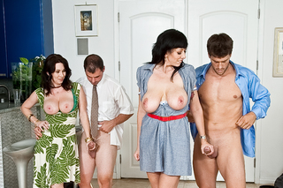 Alia Janine, Ralph Long, Ramon Nomar & Rayveness in Seduced By A Cougar - Naughty America - Sex Position #3
