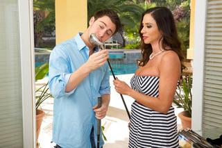 Ariella Ferrera & Seth Gamble in Seduced by a Cougar - Seduced by a Cougar - Sex Position #1