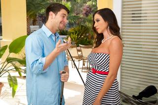 Ariella Ferrera & Seth Gamble in Seduced by a Cougar - Seduced by a Cougar - Sex Position #2