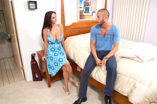 Ava Addams & Danny Mountain in Seduced by a Cougar - Naughty America - Sex Position #2