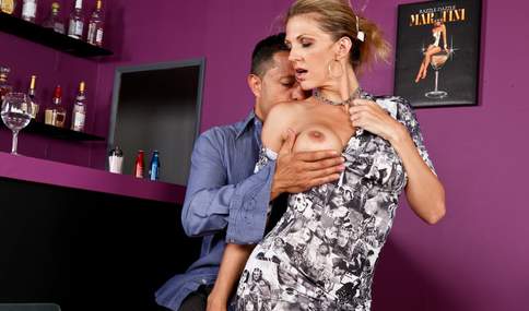 Pike Nelson & Roxanne Hall in Seduced By A Cougar - Naughty America - Sex Position #1