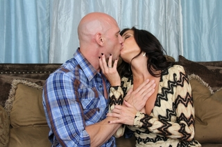 Veronica Avluv & Johnny Sins in Seduced by a Cougar - Naughty America - Sex Position #3