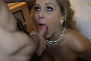 Julia Ann in Tonight's Girlfriend - Sex Position #2
