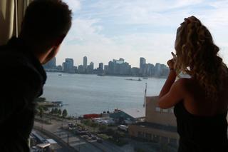Nicole Aniston  & Levi Cash in Tonight's Girlfriend - Tonight's Girlfriend - Sex Position #1