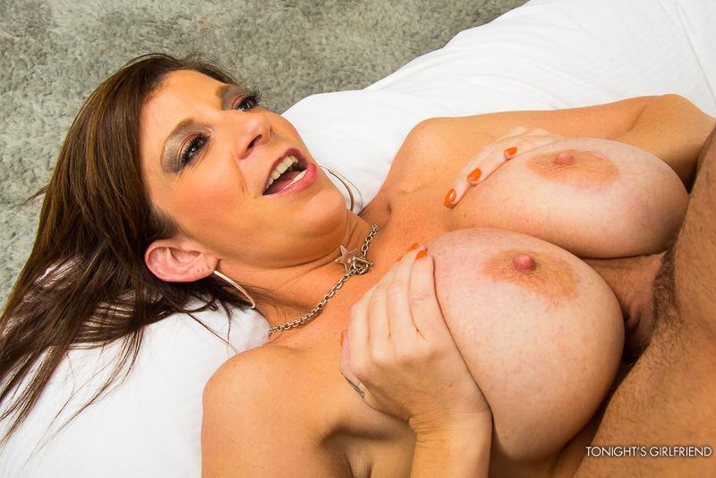 Sara Jay Fanclub - Busty Pornstar