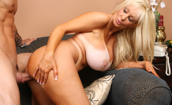 Brittany O'neal - Sex Position #6