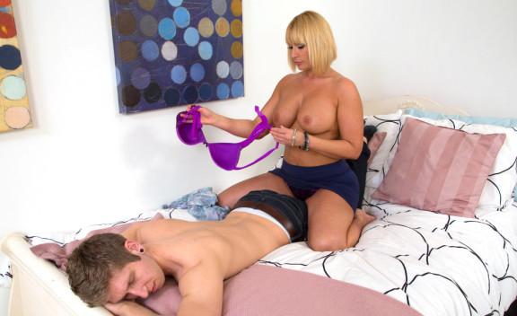 Mellanie Monroe - Sex Position #3