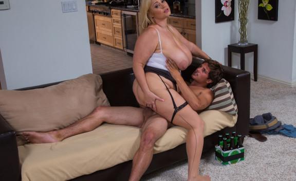 Samantha 38G - Sex Position #9
