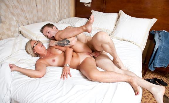 Sexy Suz - Sex Position #7