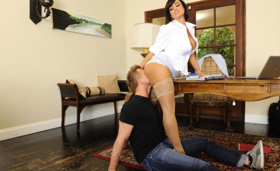 Lisa Ann - Sex Position #5