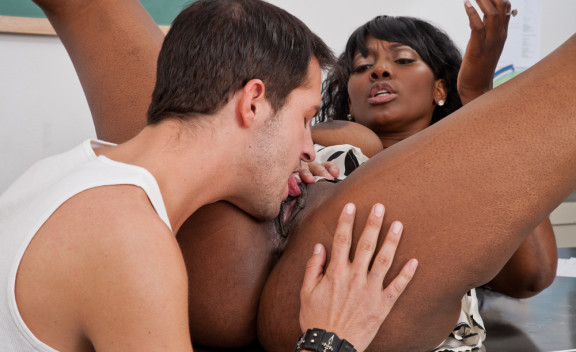 Nyomi Banxxx - Sex Position #8
