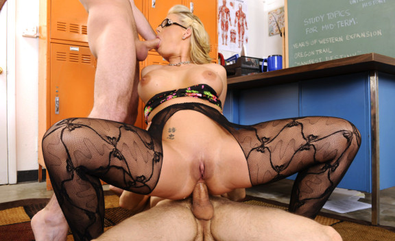 Phoenix Marie - Sex Position #6