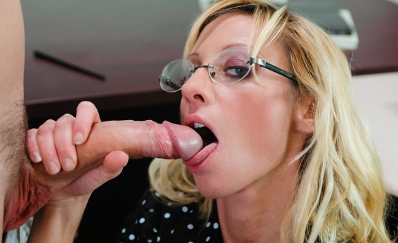 Mrs. Anthony (ANAL) - Sex Position #2